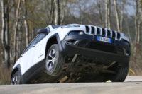 2015 Jeep Cherokee: indagini NHTSA