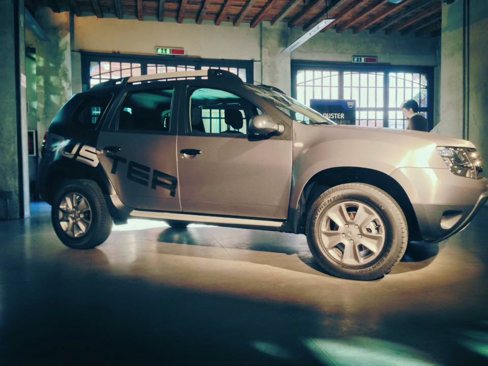 Dacia Duster Extra Limited Edition :  Titan