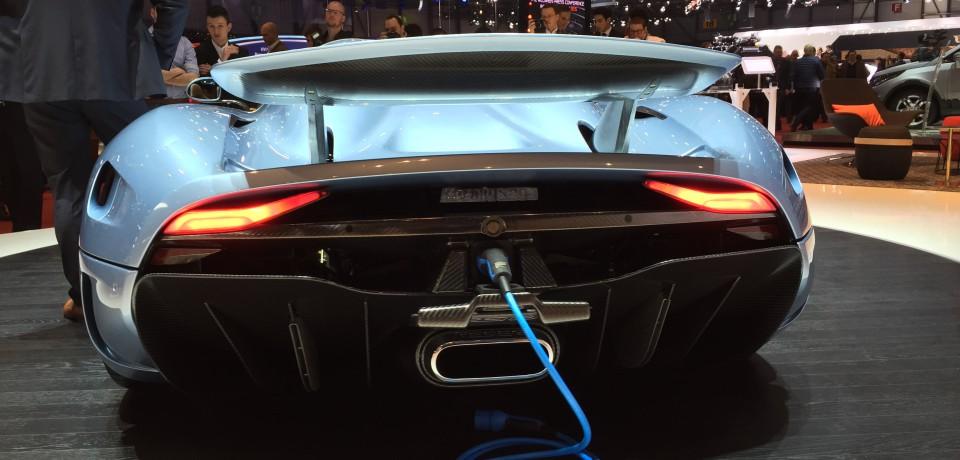 2015 Koenigsegg Regera: il motore e il telaio