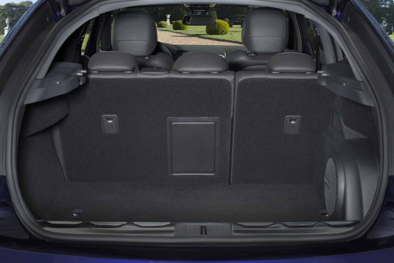 ds5 il futuro incontra il passato autosupermarket magazine. Black Bedroom Furniture Sets. Home Design Ideas