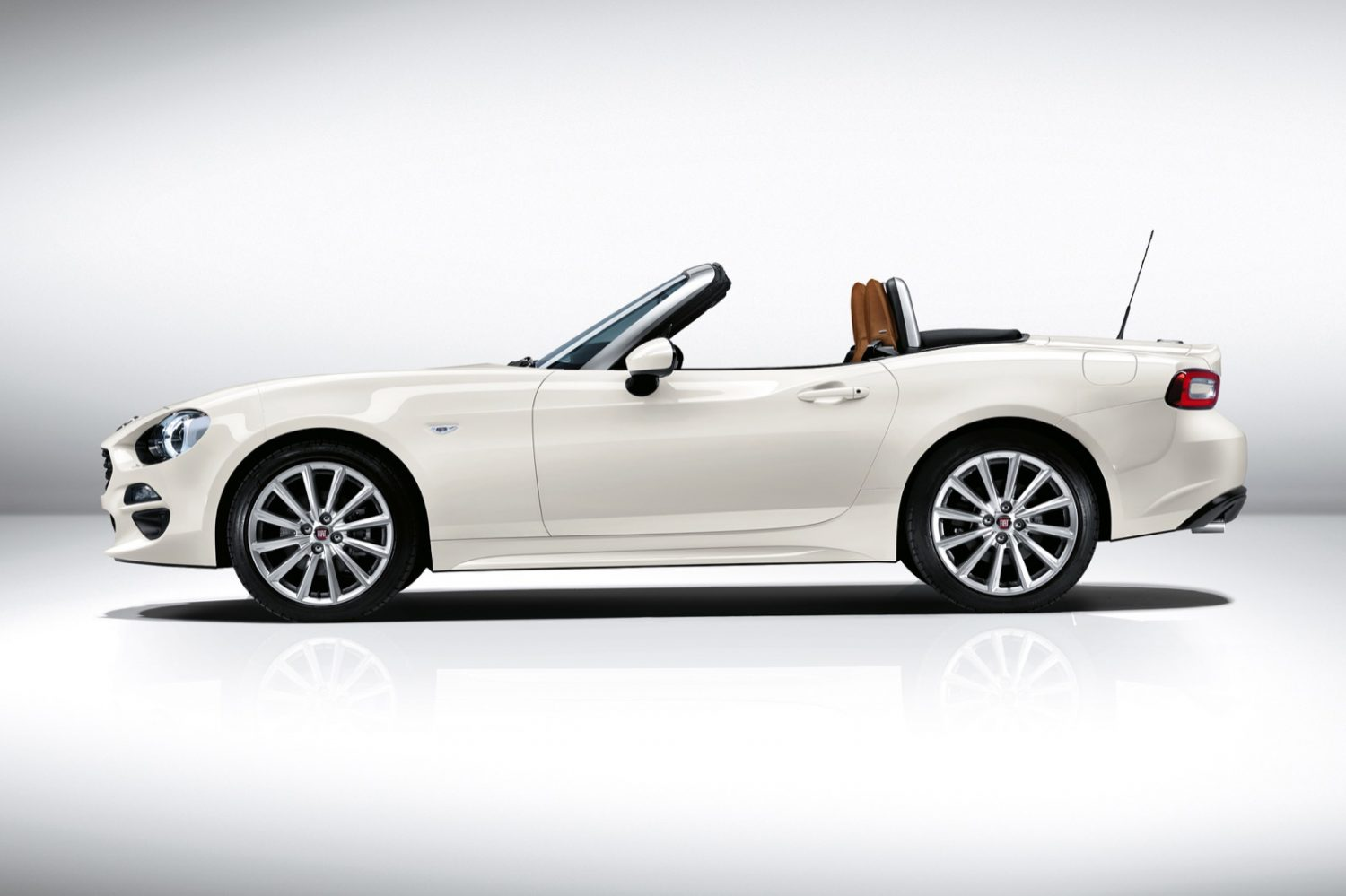 FIAT 124 Spider: en plen air.