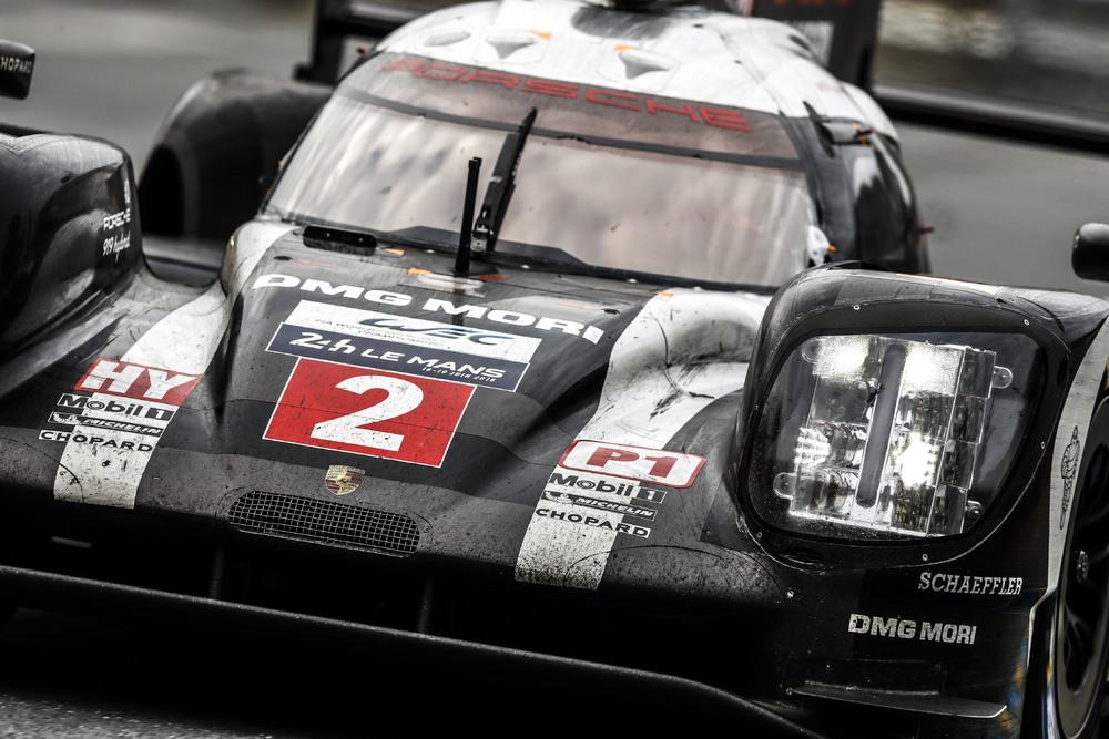 Porsche Vince a le Mans