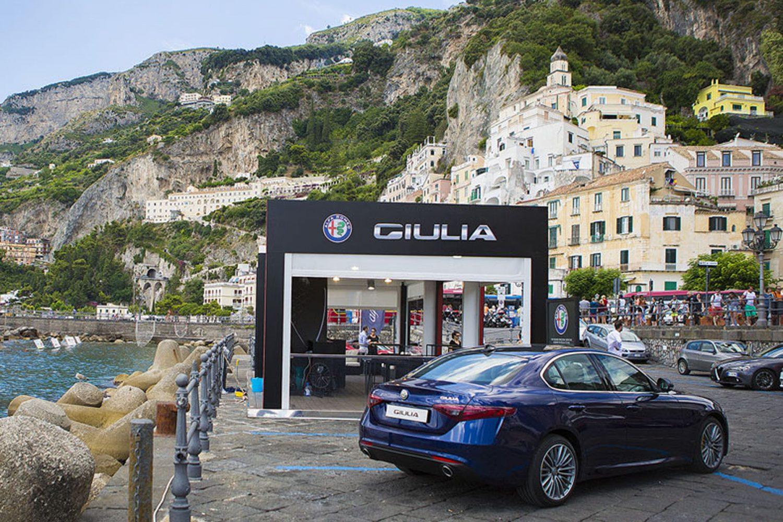 Giulia Tour