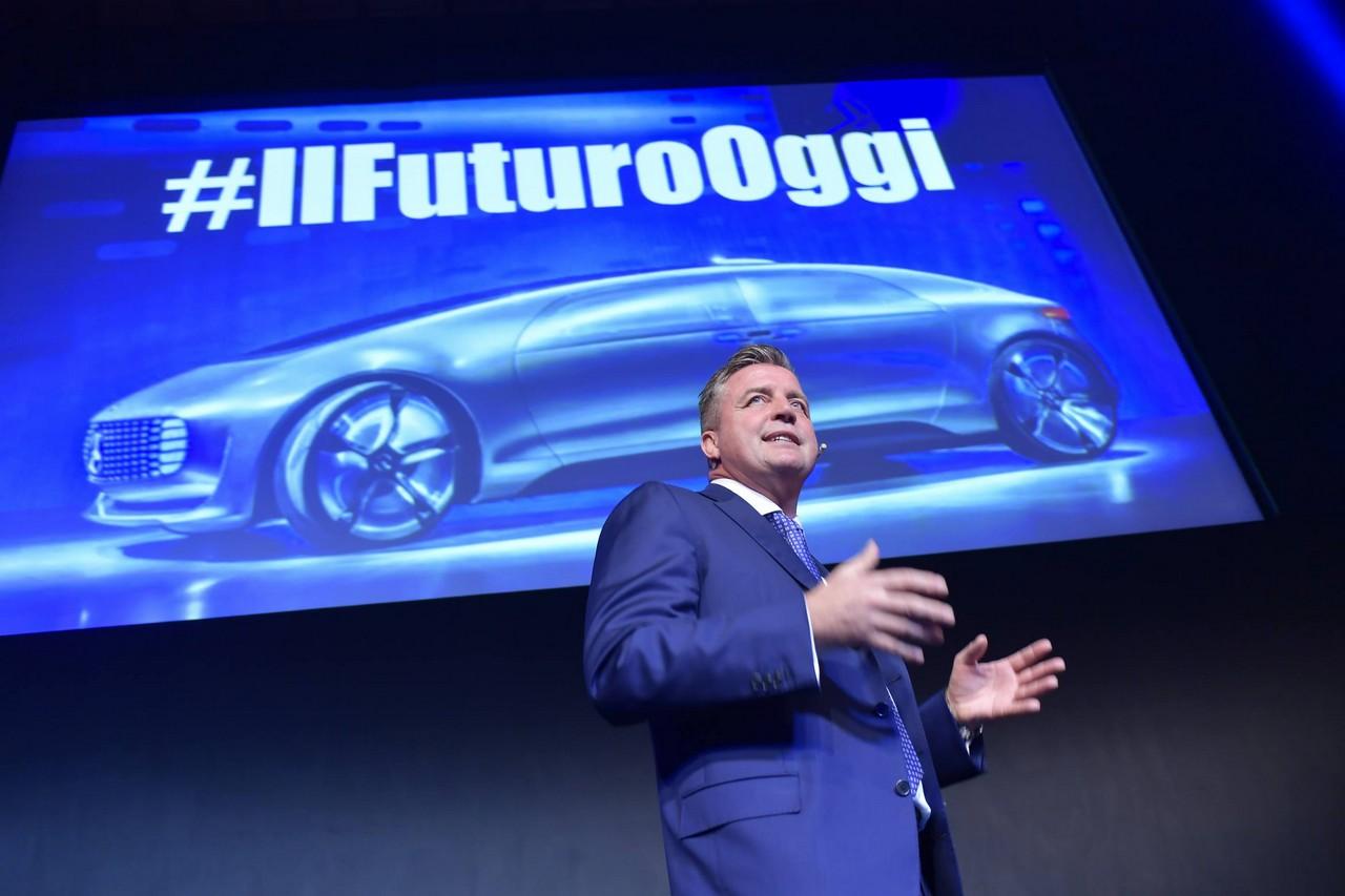 Mercedes-Benz: un 2017 ricco di grandi novità