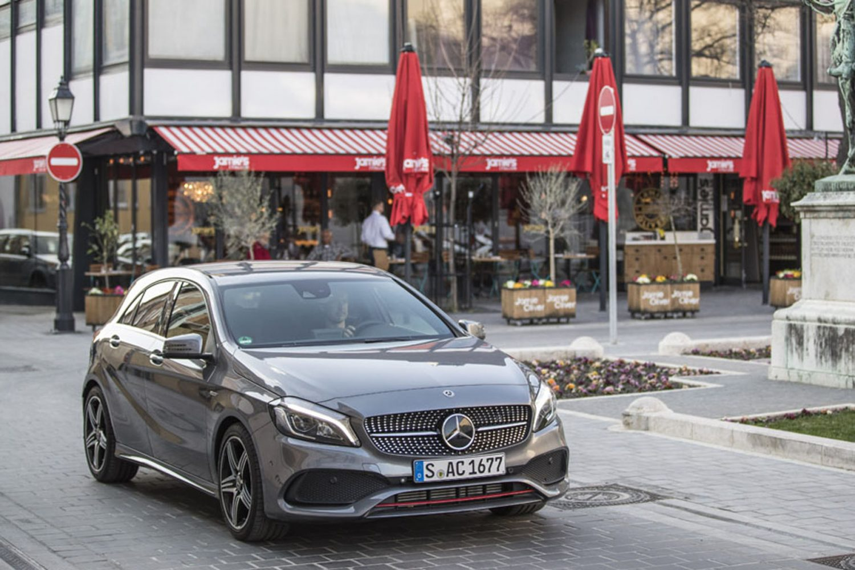 La famiglia di compatte Mercedes-Benz