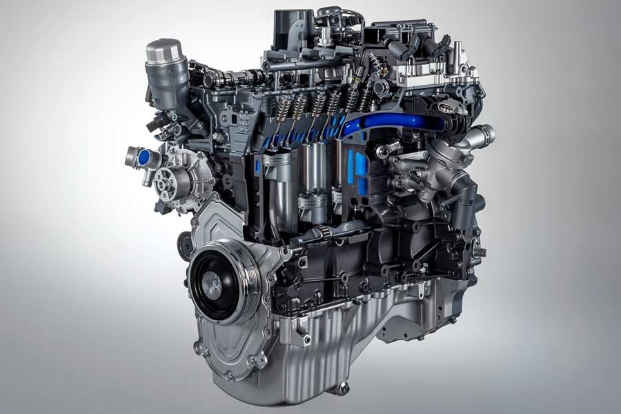 Jaguar: arriva il nuovo motore a benzina da 300 CV