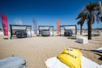 Renault Vertical Summer Tour: i crossover della Losanga in spiaggia