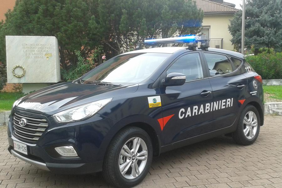 Hyundai ix35 Fuel Cell ai Carabinieri