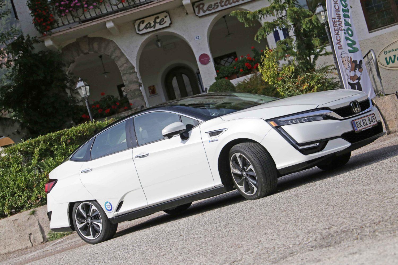 Honda Clarity Fuel Cell: pronta per il futuro