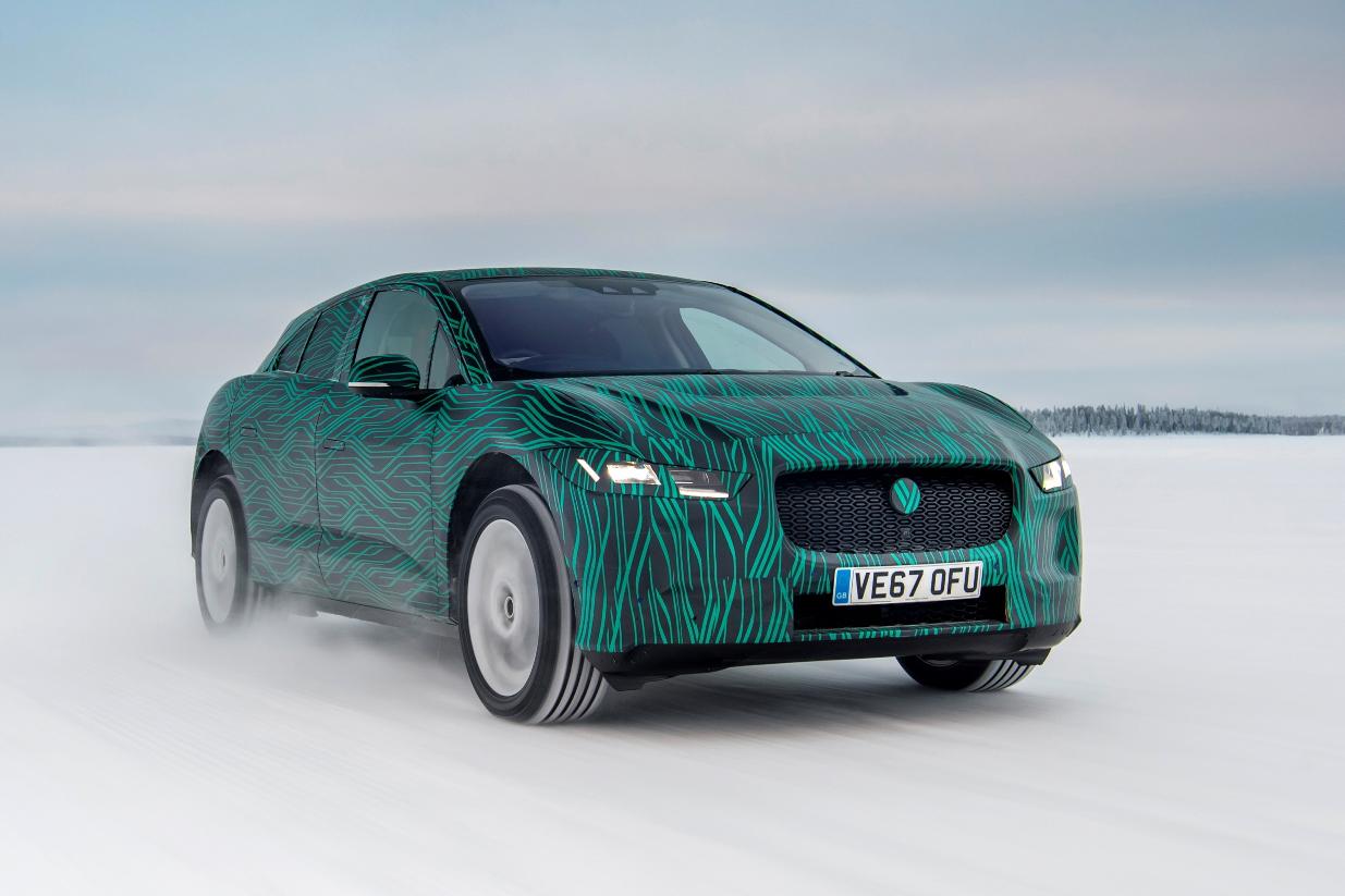 Jaguar I-PACE testata alle rigide temperature polari