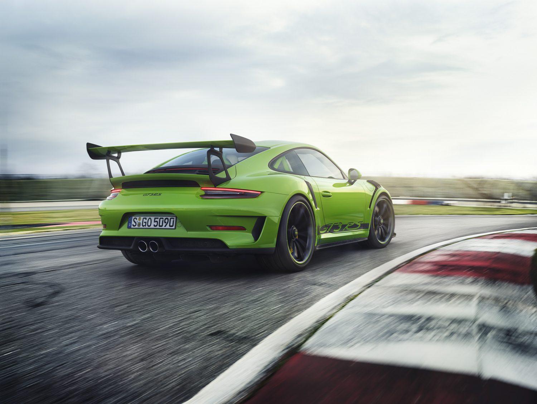 Porsche 911 GT3 RS: 6 cilindri e 4 litri di adrenalina