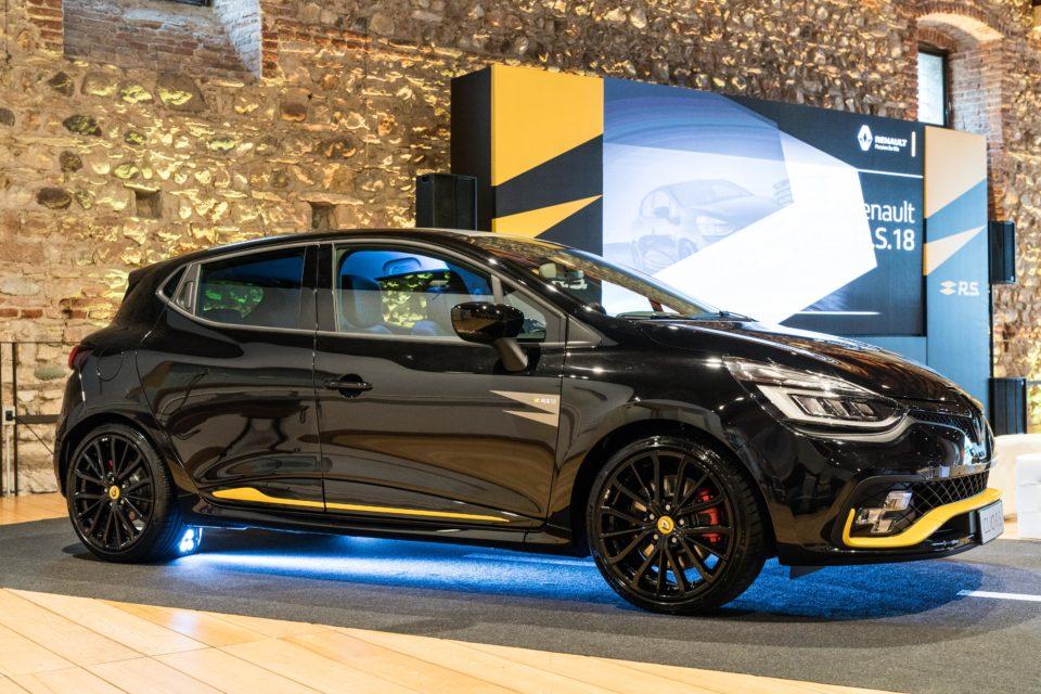Renault Clio R.S. MY18: look da formula 1