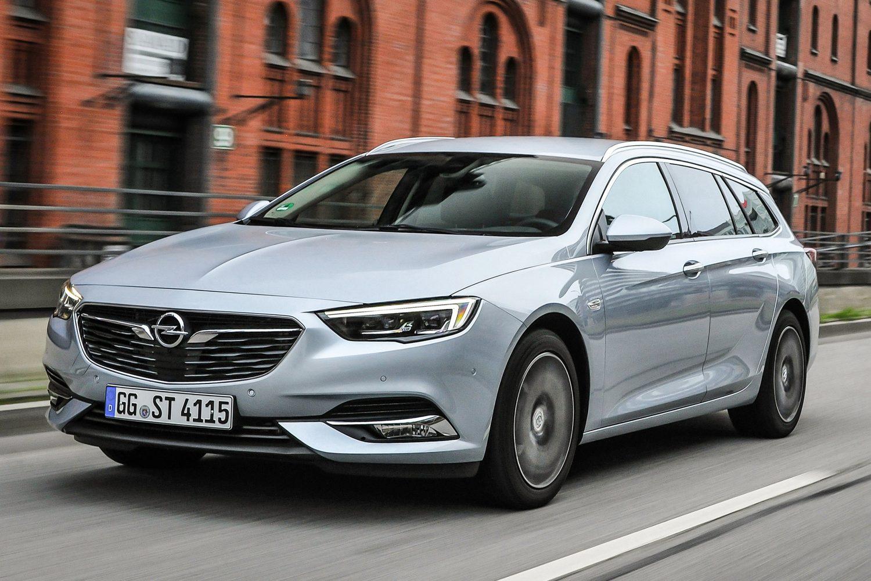 Eleganza classica: le spaziose Opel Sports Tourer