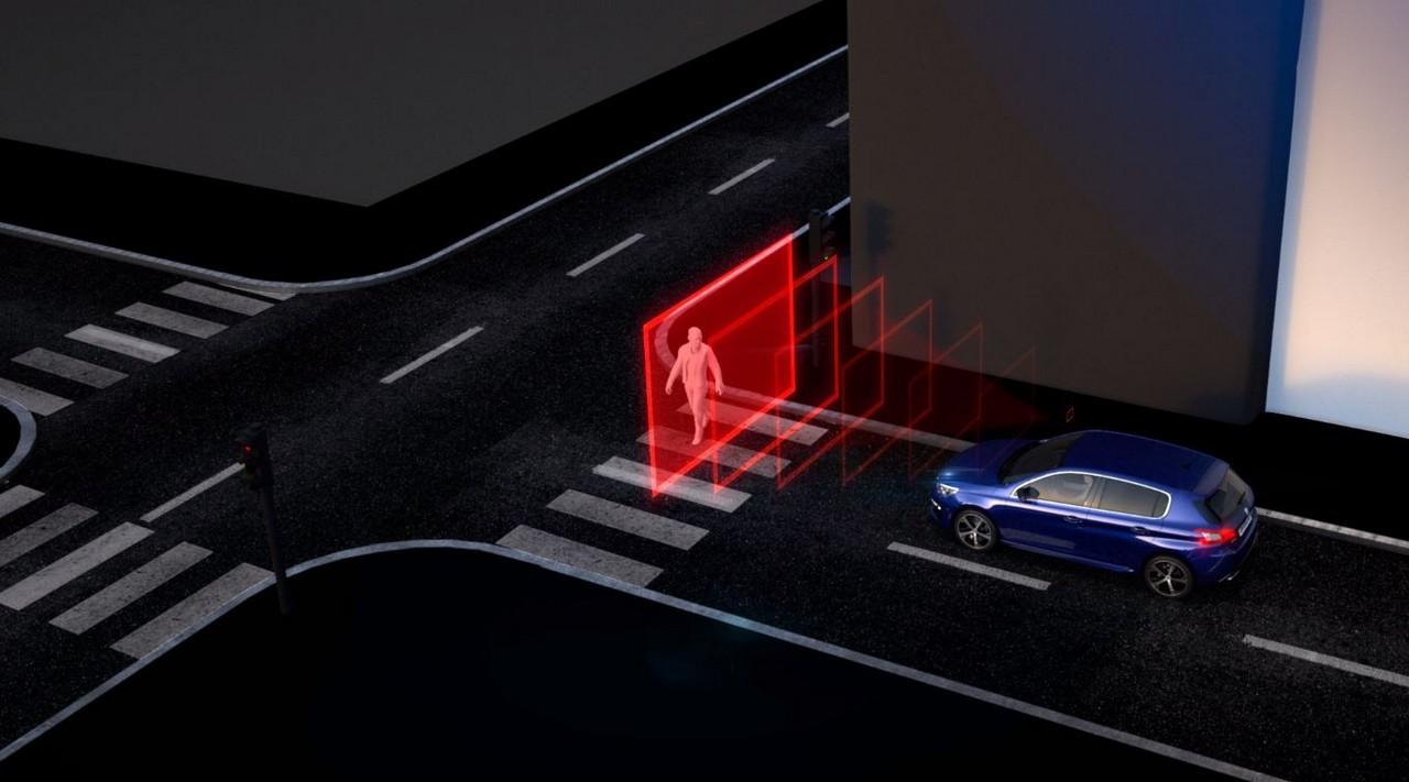 PSA: la guida autonoma parte dagli ADAS