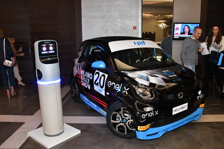 smart, il monomarca 100% elettrico scende in pista al Milano Rally Show