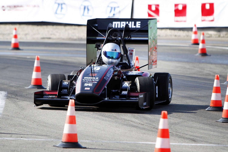 La Formula SAE è scesa in pista a Varano de' Melegari