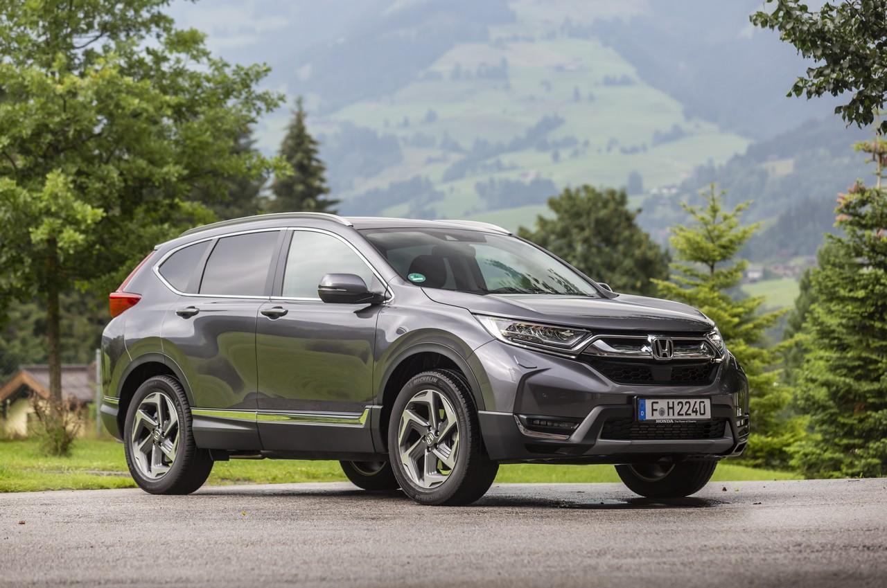 Nuova Honda CR-V: bella da guidare