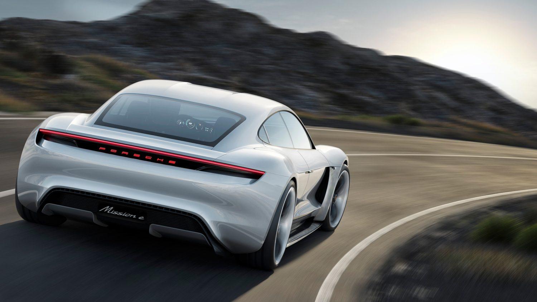 Taycan: l'elettrico secondo Porsche è pronto