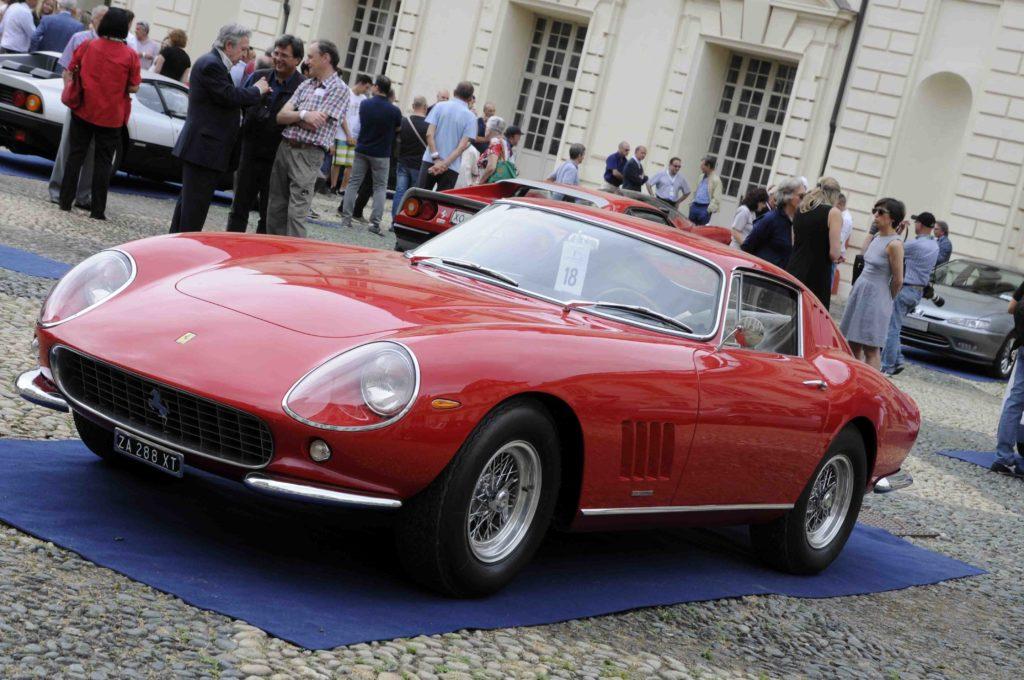 Ferrari 275 GTB (1964).
