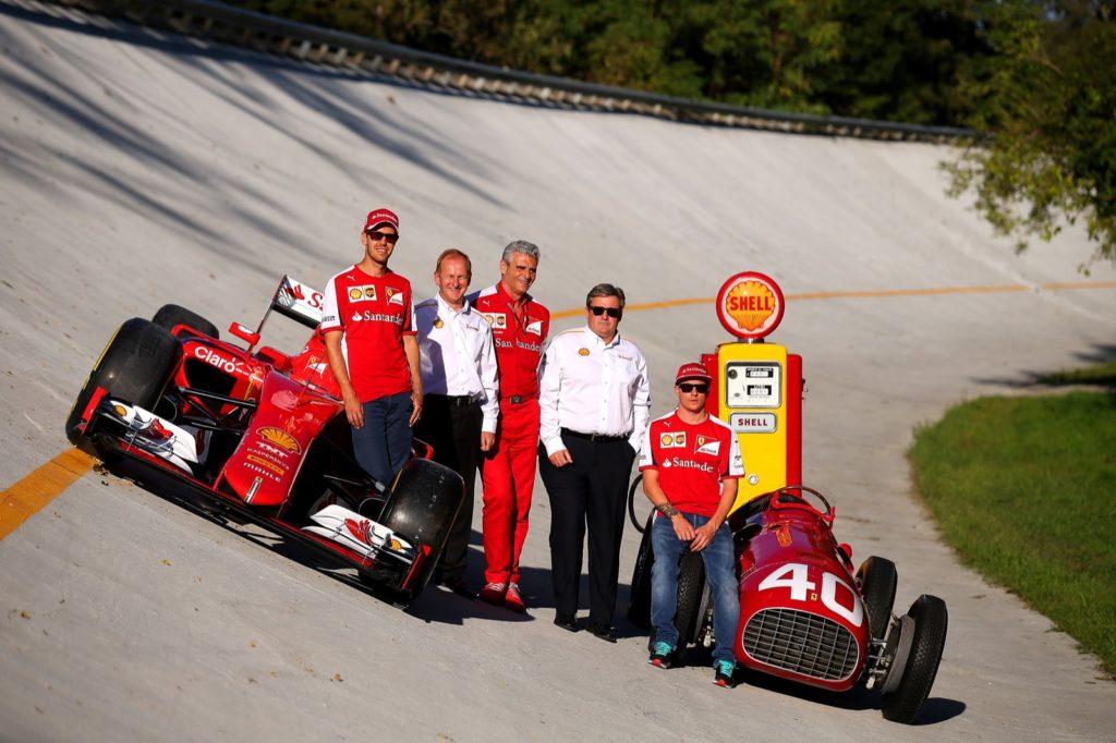 Parabolica di Monza con Shell Helix Ultra