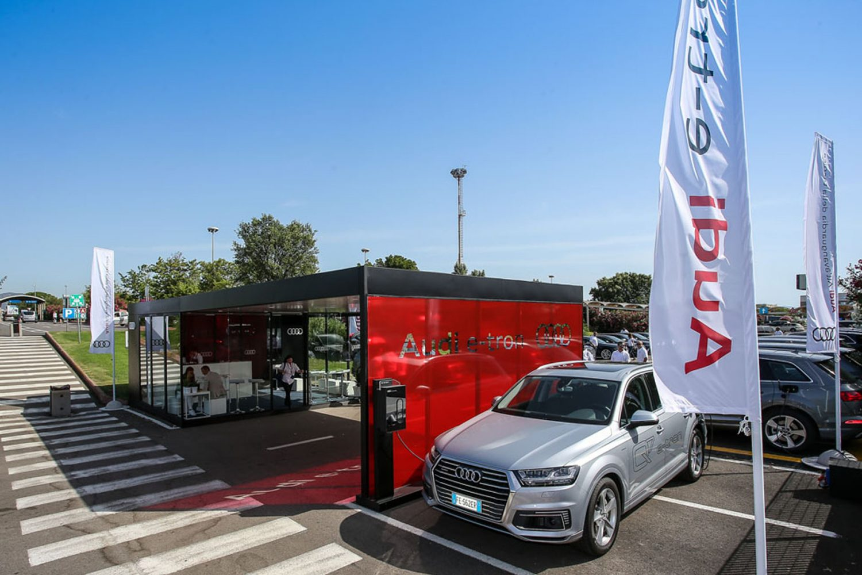 Audi e-tron hub Costa Smeralda