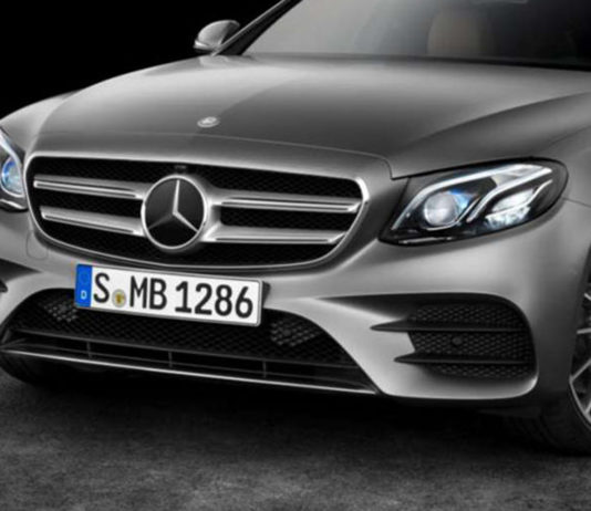 Daimler rivoluziona i fari