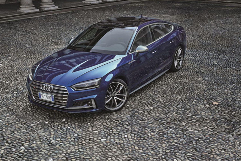 Audi S5 Chiostro Milano