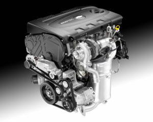 """2014 Chevrolet Cruze Clean Turbo Diesel da 151 cavalli (2014). I modelli """"Clean"""" (trad. """"puliti""""), costruiti a Lordstown, in Ohio, registrarono una diminuzione di ossidi d'azoto (NOx) e particolato inferiori del 90% rispetto alle generazioni diesel precedenti. Un vero salto tecnologico nell'abbattimento degli agenti inquinanti (fonte gm.com)."""
