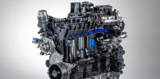 Motore Jaguar Ingenium 4 cilindri 300 CV