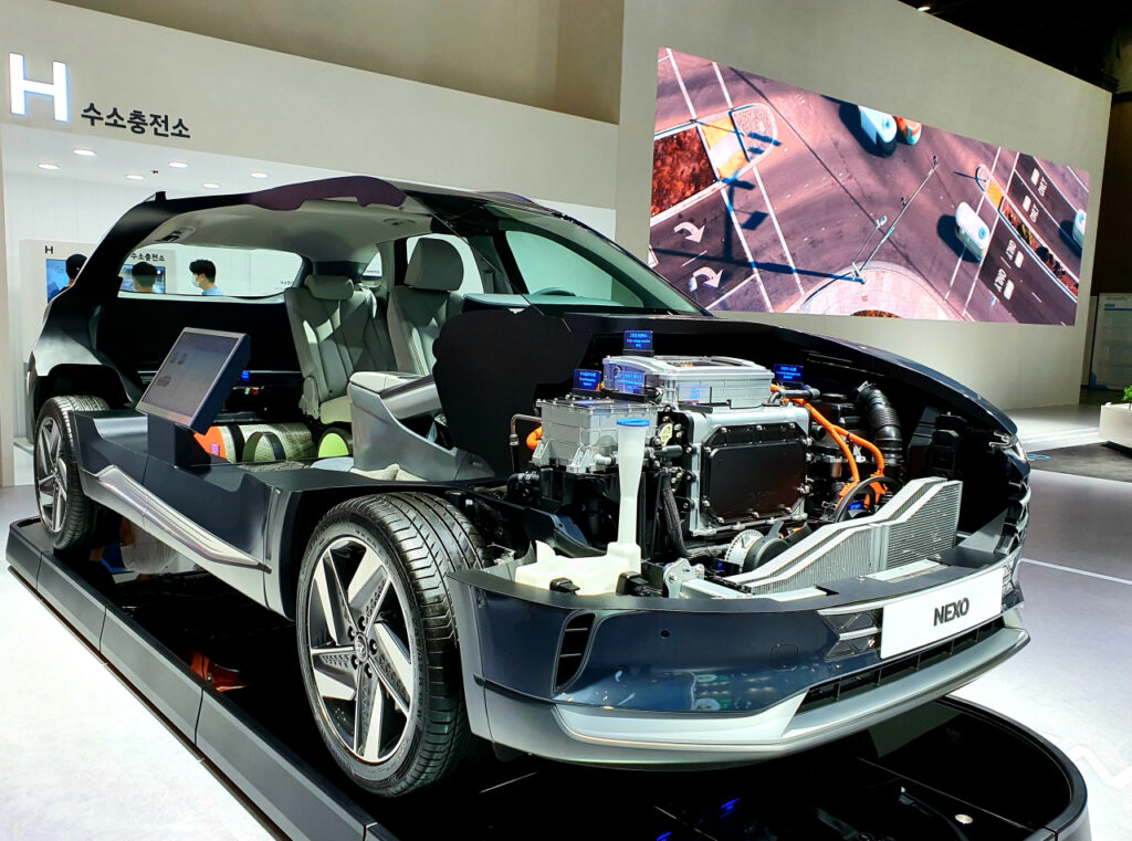 Hyundai e INEOS