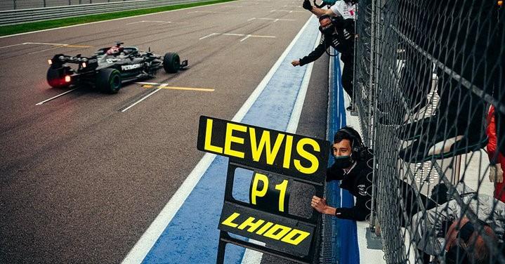 100° vittoria Lewis Hamilton